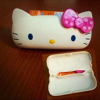 Kitty 眼鏡盒