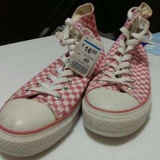 格子高筒球鞋