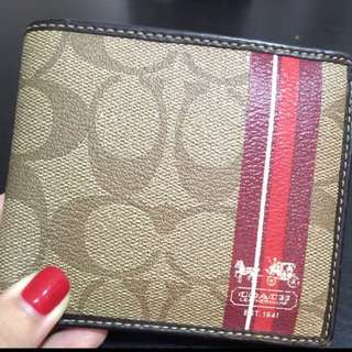 Pre-loved Men's Coach Wallet. Rarely used. Bought In U.S.