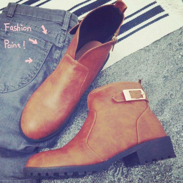 全新棕色短靴