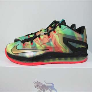 timeless design 6ad22 2b783 Nike Max Lebron XI 11 Low SE Champ Multicolor Sz 10.5