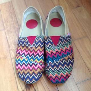 Tribal Printed Canvas Slip On Shoes