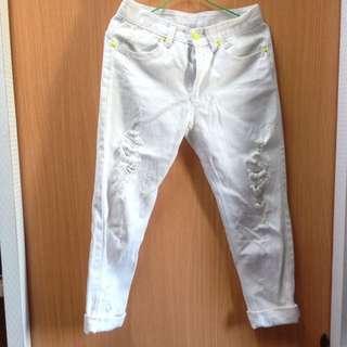 ⭕️白色刷破褲