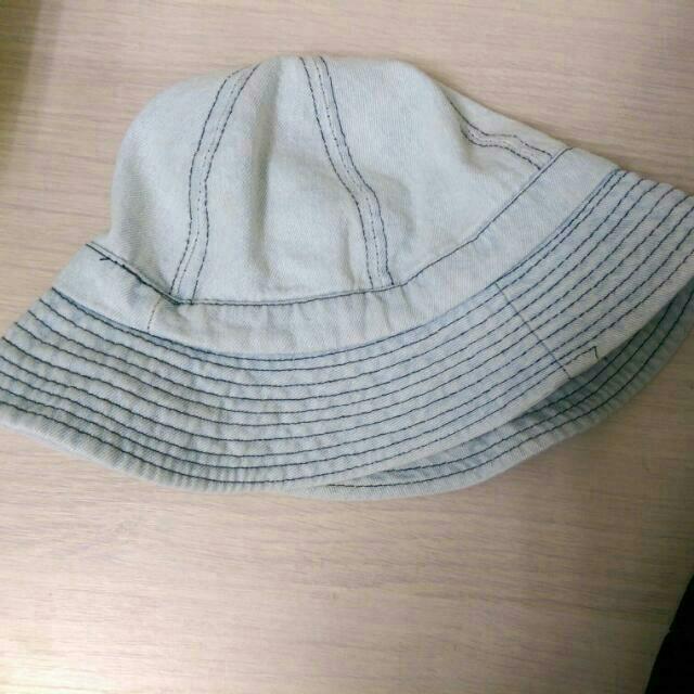淺藍漁夫帽