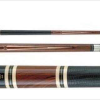 Mcdermott Cue M202. With Leather Wrap. Cues Roll Straight And With Mike Massey Signature