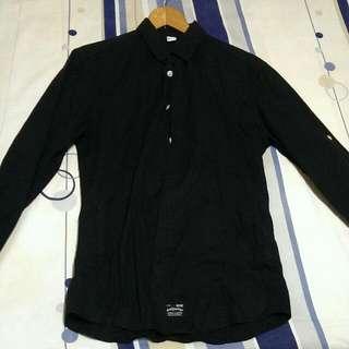 Wally Warp 素面黑襯衫