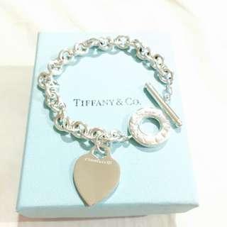 (保留)Tiffany & Co 經典T字扣愛心手環 925純銀