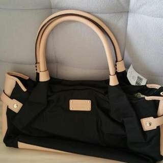 Authentic Kates Spade Bag.. Brand New.