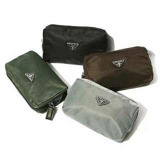 ⚠特價200(黑色) PRADA 專櫃贈品 收納袋 化妝包 行動電源小物袋