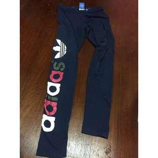 (正)Adidas深藍色內搭褲