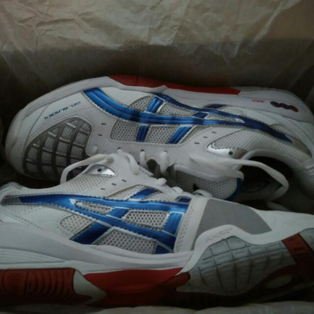NEW Asics Blade 4 (Court Shoes) Cheap Offer!! For Squash Badminton Tennis Volleyball Etc.