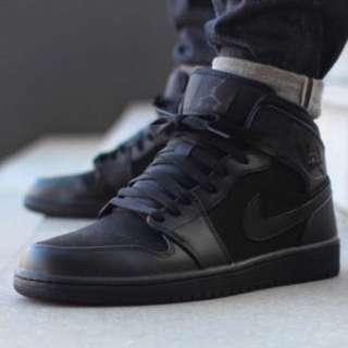 Nike Air Jordan 1 Mid 全黑 雙皮革 經典復刻 稀少小尺寸 US 7.5