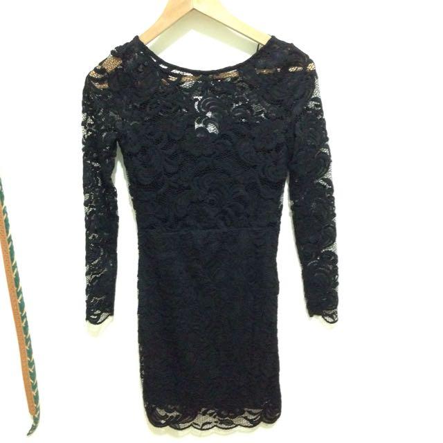 ✨全新H&M 蕾絲雕花鏤空洋裝