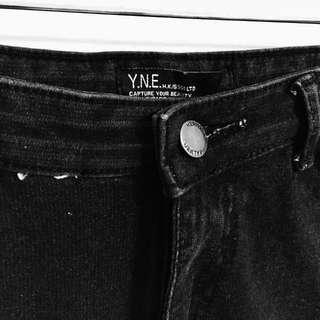 Y.N.E 彈性高腰合身窄管黑牛仔長褲