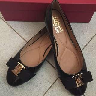 Ferragamo全新黑色平底鞋7.5號(義大利買回)