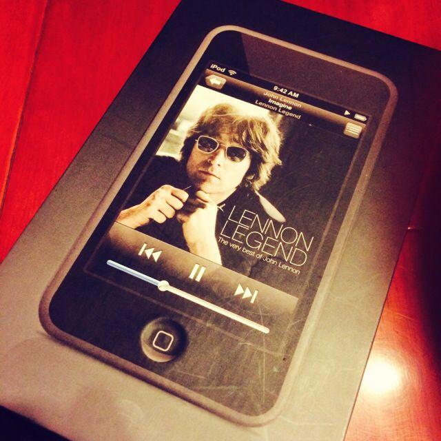 I Pod Touch 一代絕版機8GB (六成。代賣)螢幕0刮傷 側邊刮痕 附果凍套