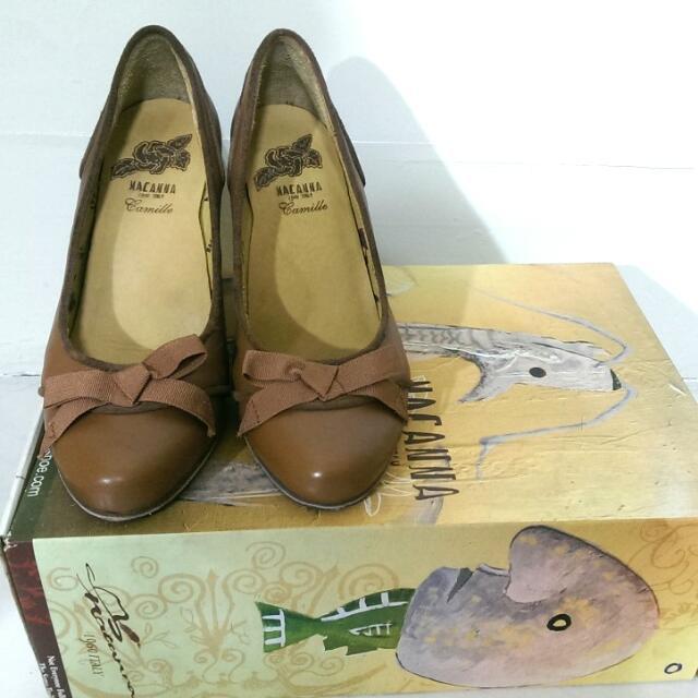 MACANNA 麥肯納 真皮 咖啡色蝴蝶結粗跟鞋 22.5號