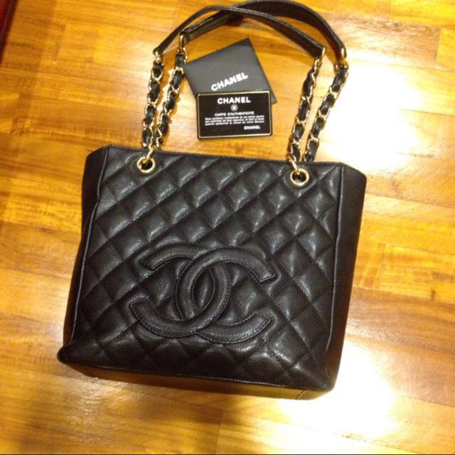 4423bcf7dc75 Pre-loved Chanel PST Bag, Luxury on Carousell