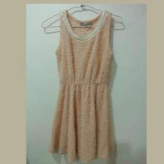 粉嫩氣質洋裝