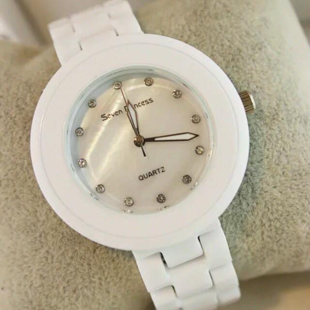 白色鑲鑽陶瓷錶