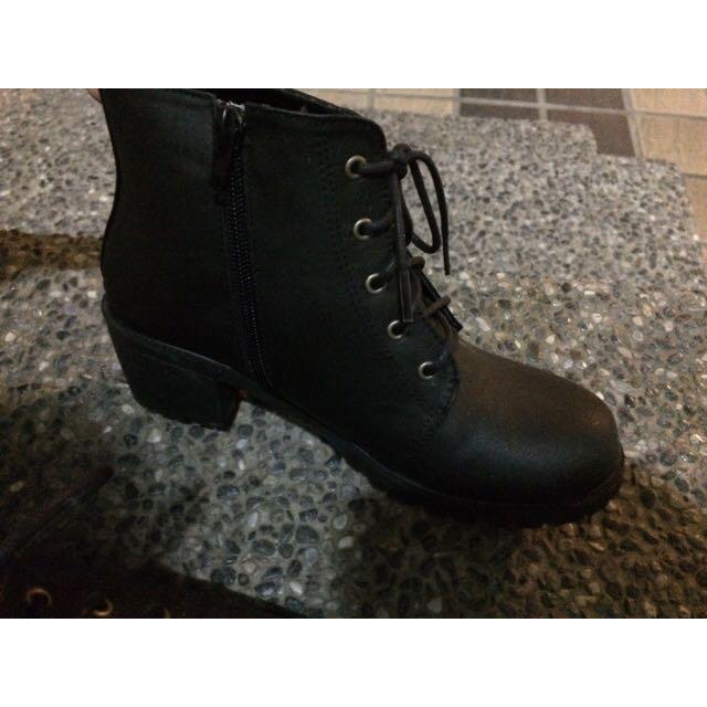 黑色厚底鞋 23號
