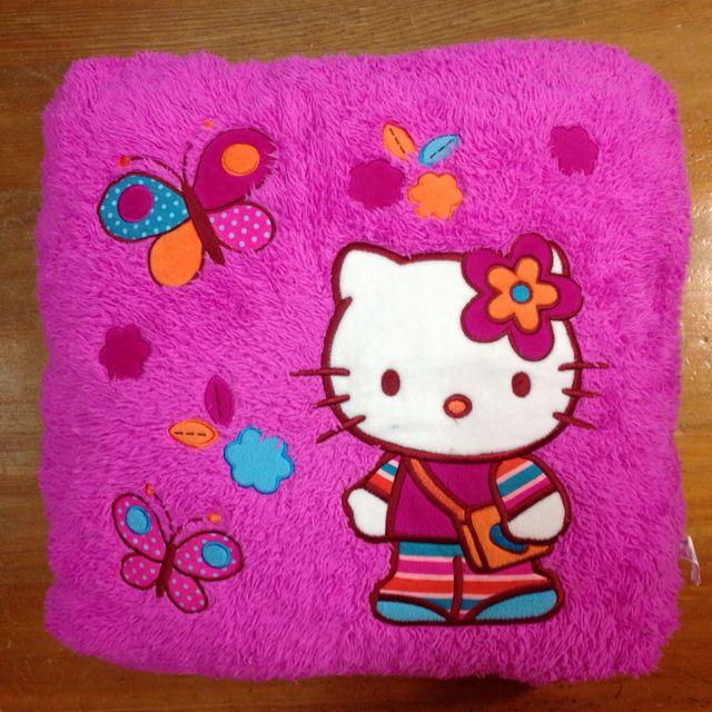 Hello Kitty桃紅抱枕 靠墊