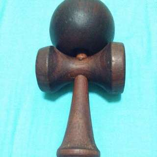 Kendama(string Snapped)