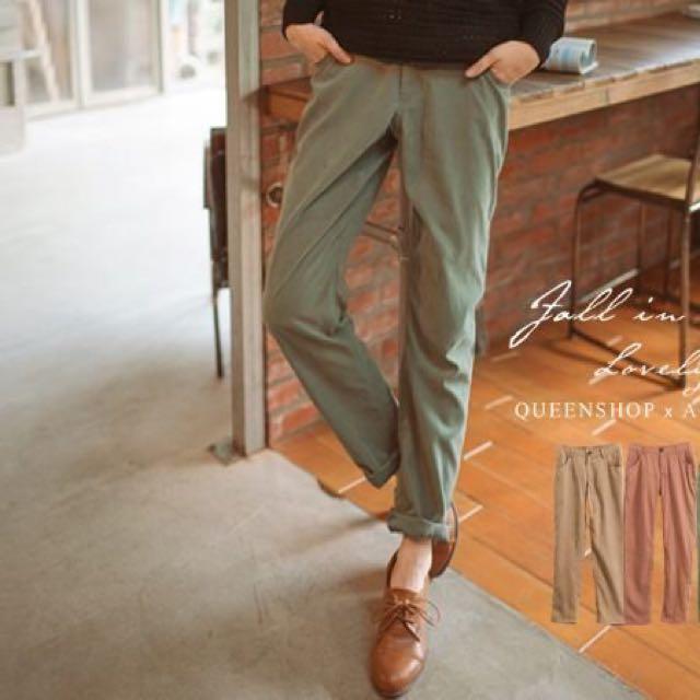 *全新轉賣* Queen Shop 自訂款•純色蜜桃絨單釦休閒直筒褲 綠色S
