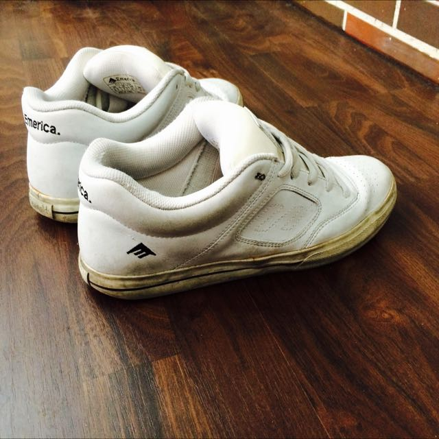 Emerica Us8.5 26.5cm 滑板鞋 底有些黃掉 但懂的人知道他是神鞋