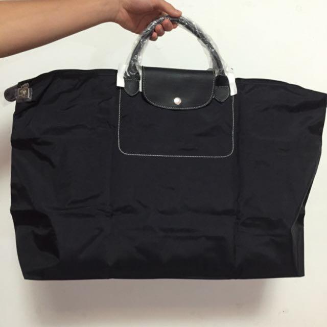 黑色超大容量包包