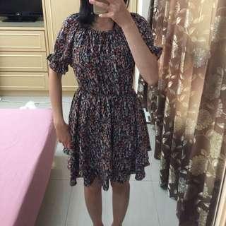 碎花短洋裝