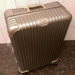 RIMOWA 30吋行李箱