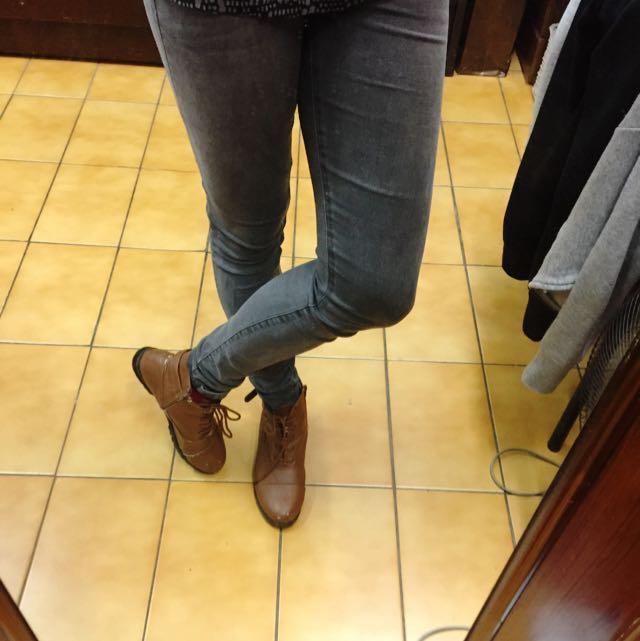 拉鍊皮短靴 size25