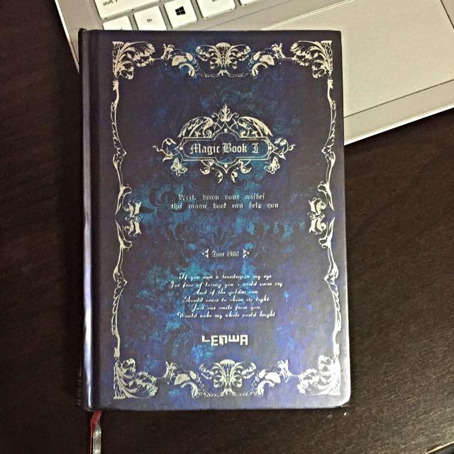 Magic book II - Notebook