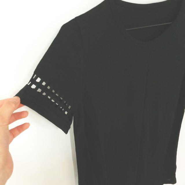 個性方形簍空袖黑色T
