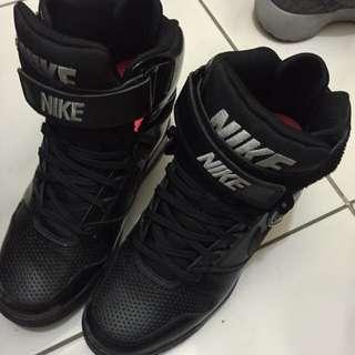 Nike Skyhigh 女鞋二手