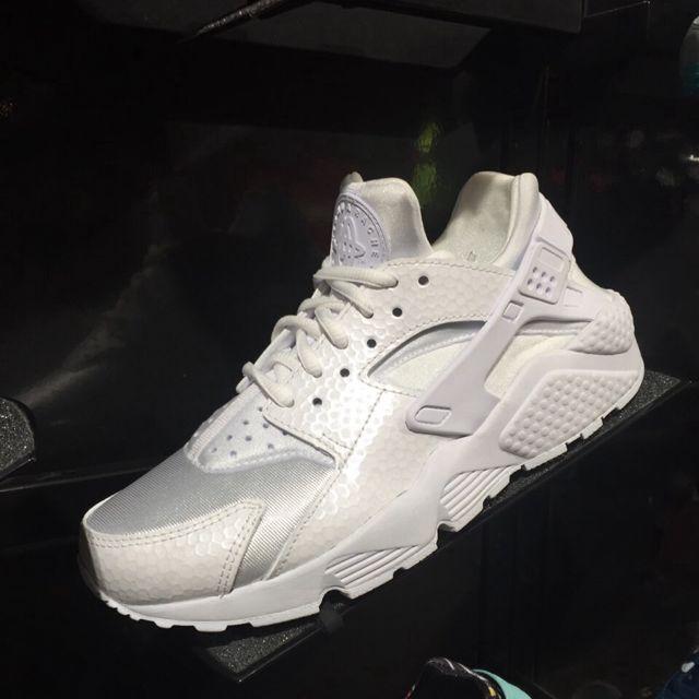 ✨✨美國連線代購Nike Huarache女生白武士鞋