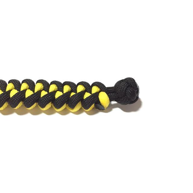 Paracord Bracelet (100% Handcrafted)