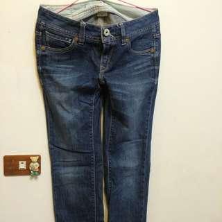 Levis(女)牛仔褲