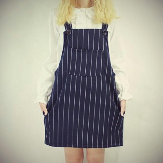 直條紋吊帶短裙(保留中)
