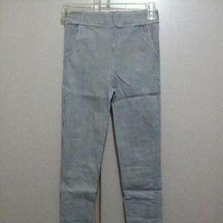 細直線條褲