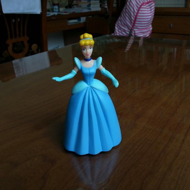 迪士尼 公主 仙度瑞拉 灰姑娘 公仔