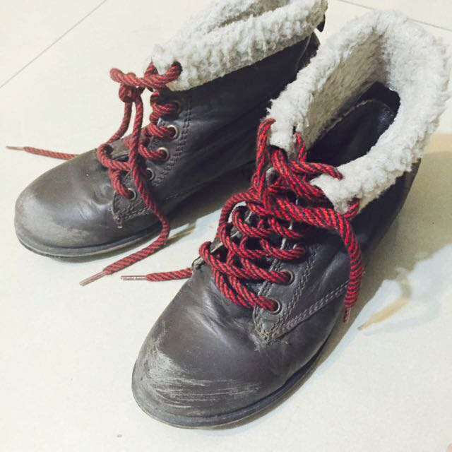 Steve Madden 美式仿舊反折靴 38號