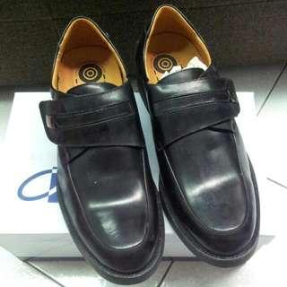 《全新》CHI-KAO台灣製牛皮圓頭男鞋43號