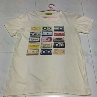Cream Graphic Tshirt (preloved)