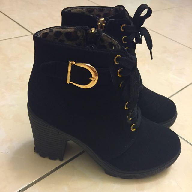 顯腿瘦黑色靴子