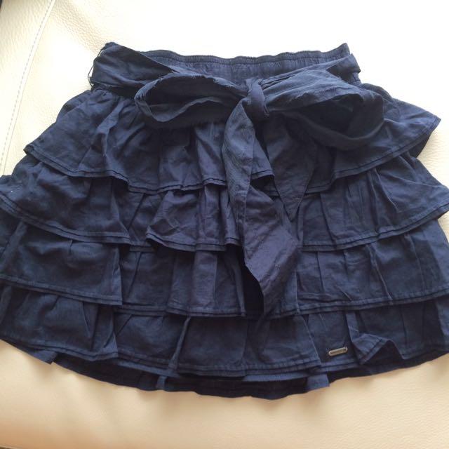 Hollister 深藍色短裙 S(全新)