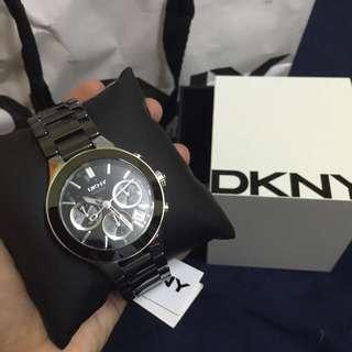NWB DKNY CERAMIC WATCH