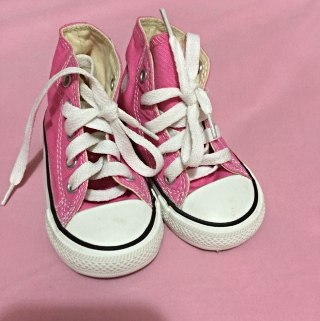 c427ae97025c Infants Converse high top Canvas (preloved)