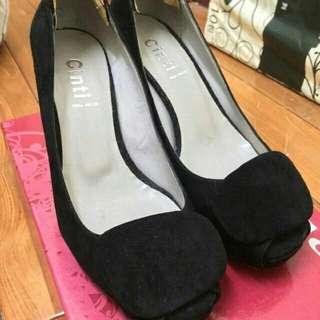 大降價😀(半價唷)義大利cinti麂皮根鞋